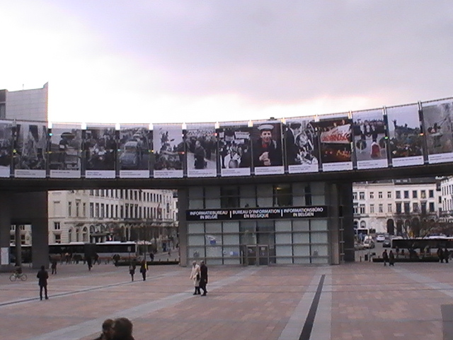 parlaments-vorplatz-pic_0233